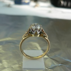 Solitaire Diamond Ring, ca. 1.26ct Total Weight in 18ct Gold