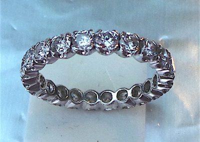 Full Eternity Ring in 18 carat white gold