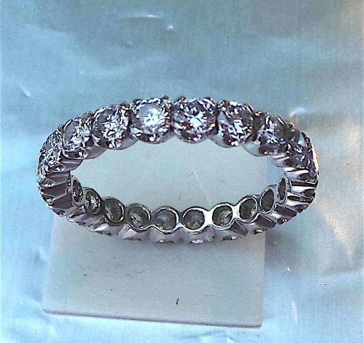 Full Eternity Ring in 18 carat white gold
