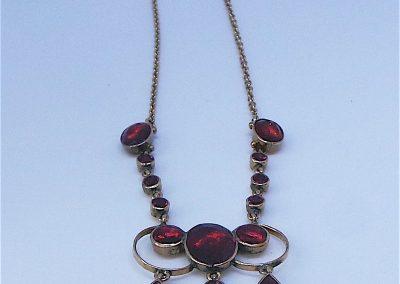 Beautiful Victorian Almandine garnet Necklace in 9carat gold