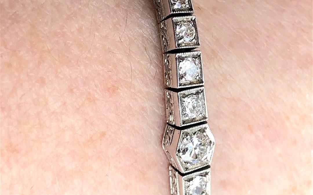 Art Deco bracelet in 14 carat white gold