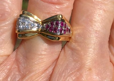 Late Art Deco Ruby and diamond Ring in 18 carat gold