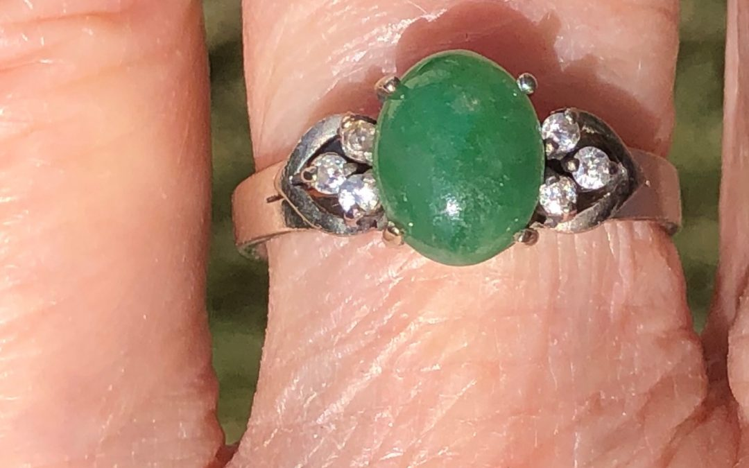 Pretty Jadeite and Diamond Ring in 15 carat white gold