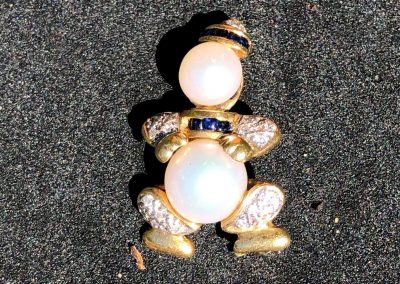 Delightful Clown Pendant/Brooch in 18 carat gold